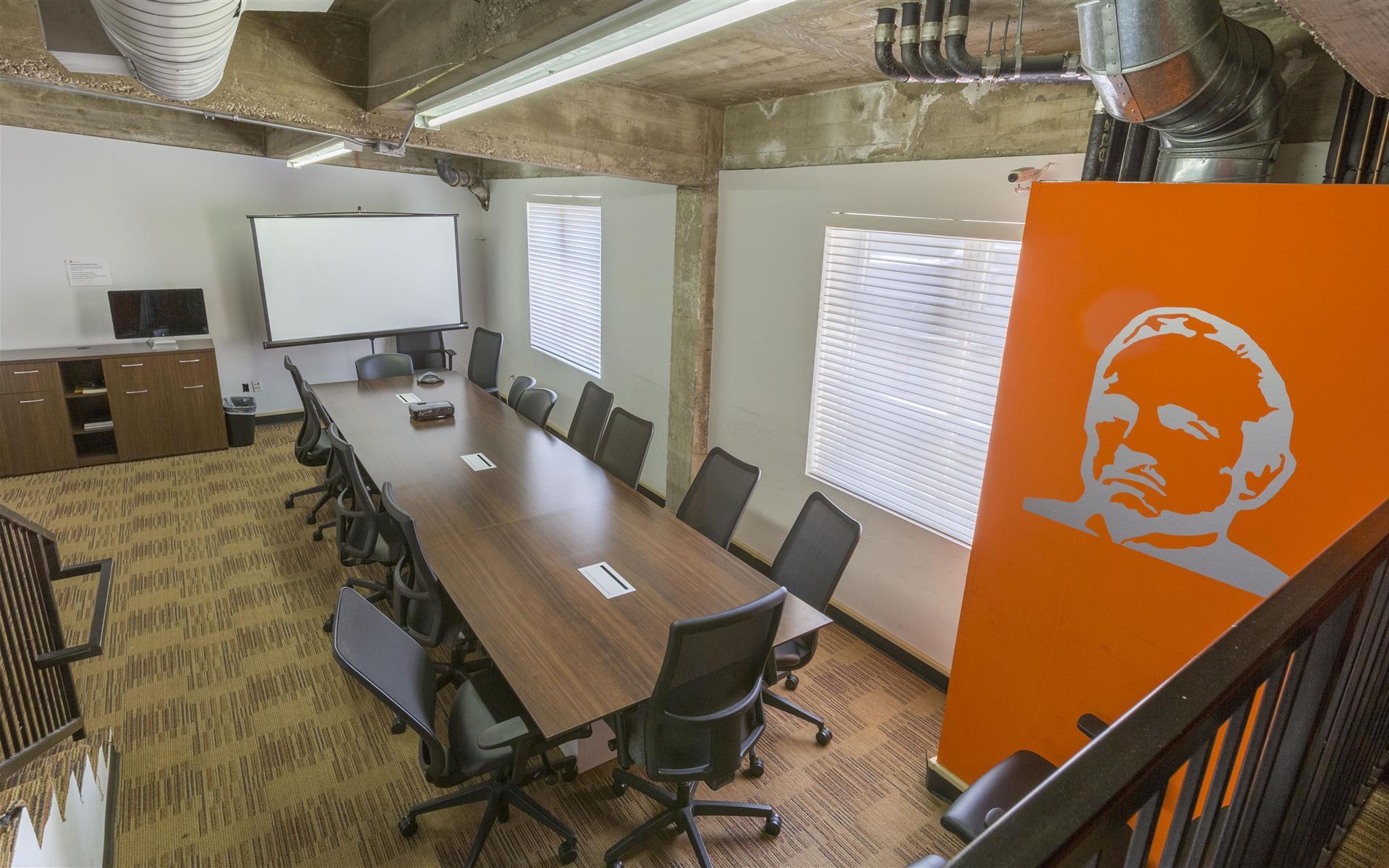 BLANKSPACES Culver City - FORMERLY CulverWorks - Conference room (Brando Boardroom)