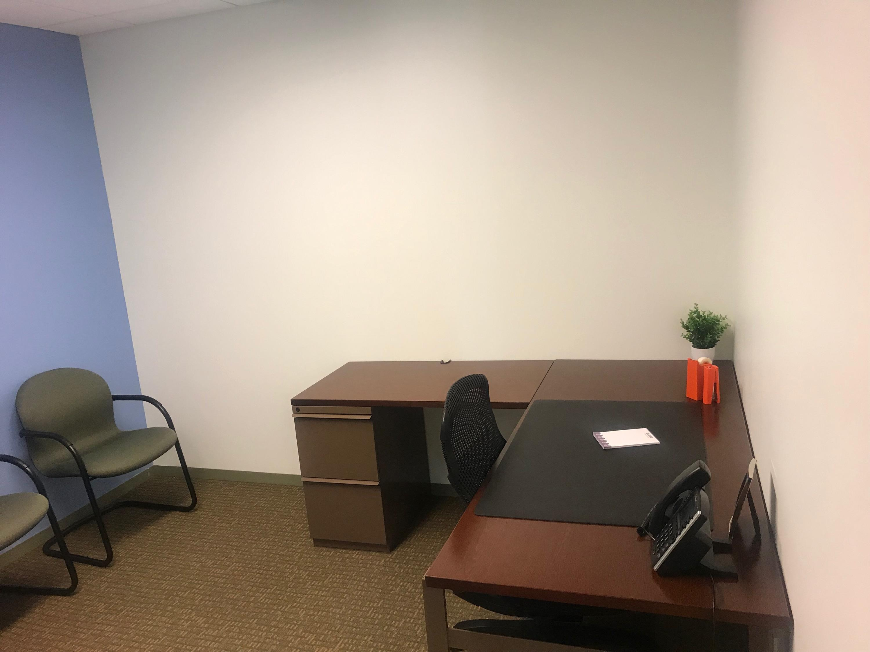 Carr Workplaces - Clarendon - Washington Day Office