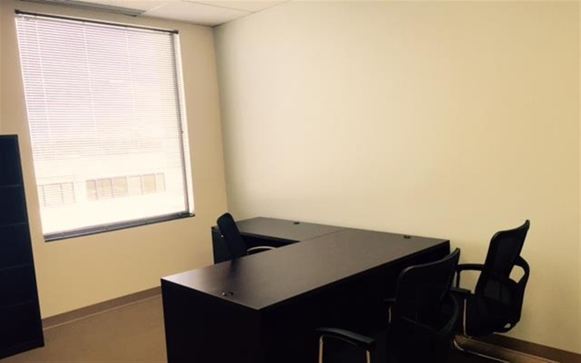 (DEN) Belcaro Place - Executive Suite