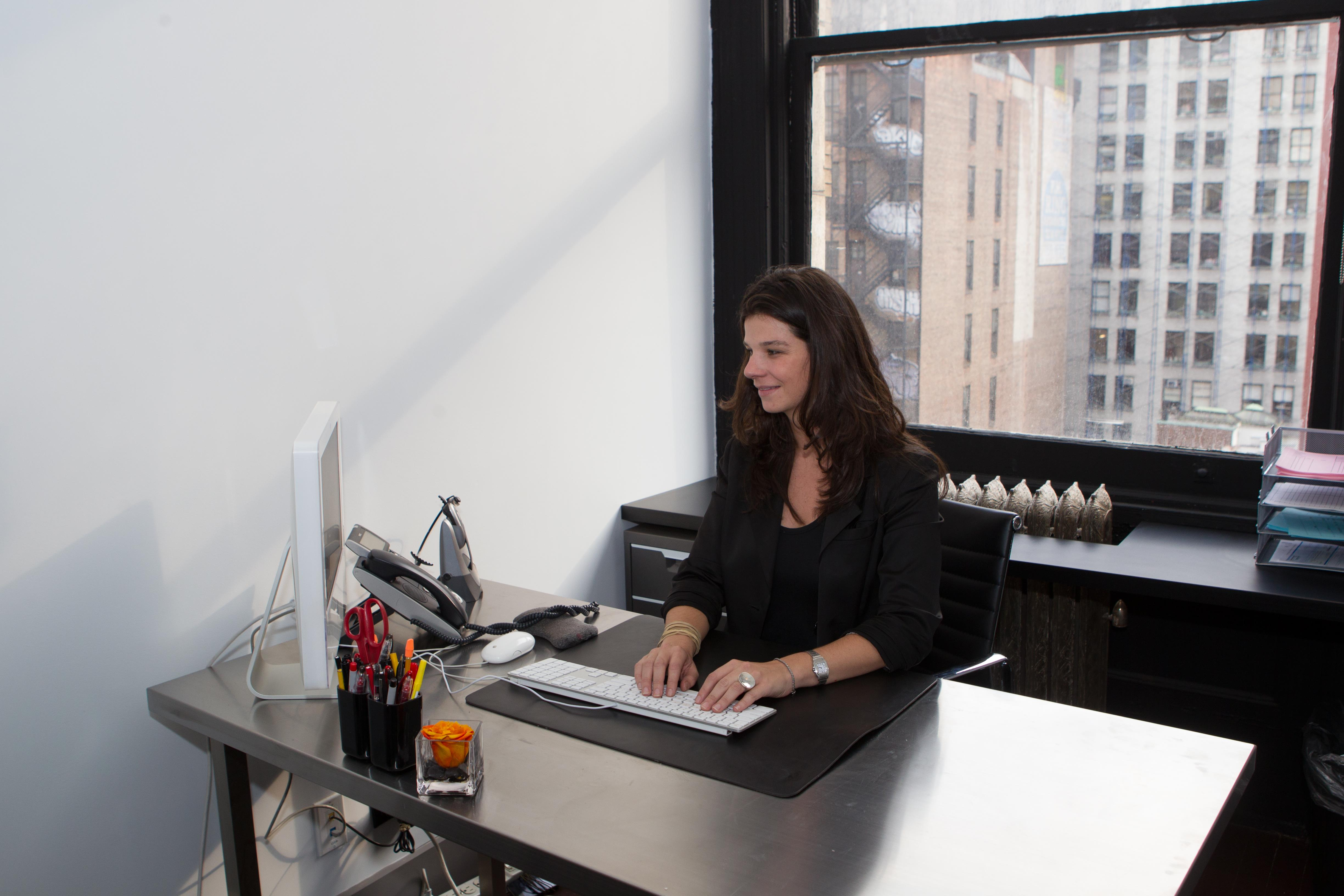 MKSD- Chelsea - Private windowed office with city view.