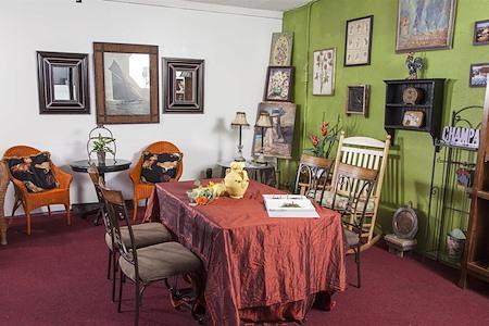 Lavender Memory Flowers & Gifts - Meeting Room 1