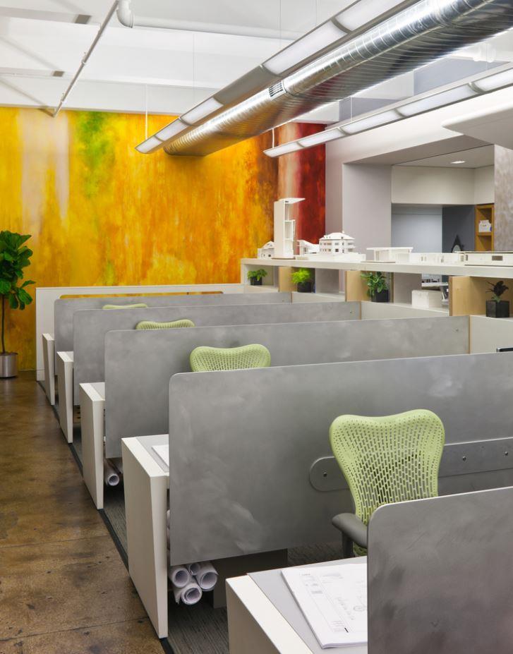 Elias Associates - Dedicated Desk 1