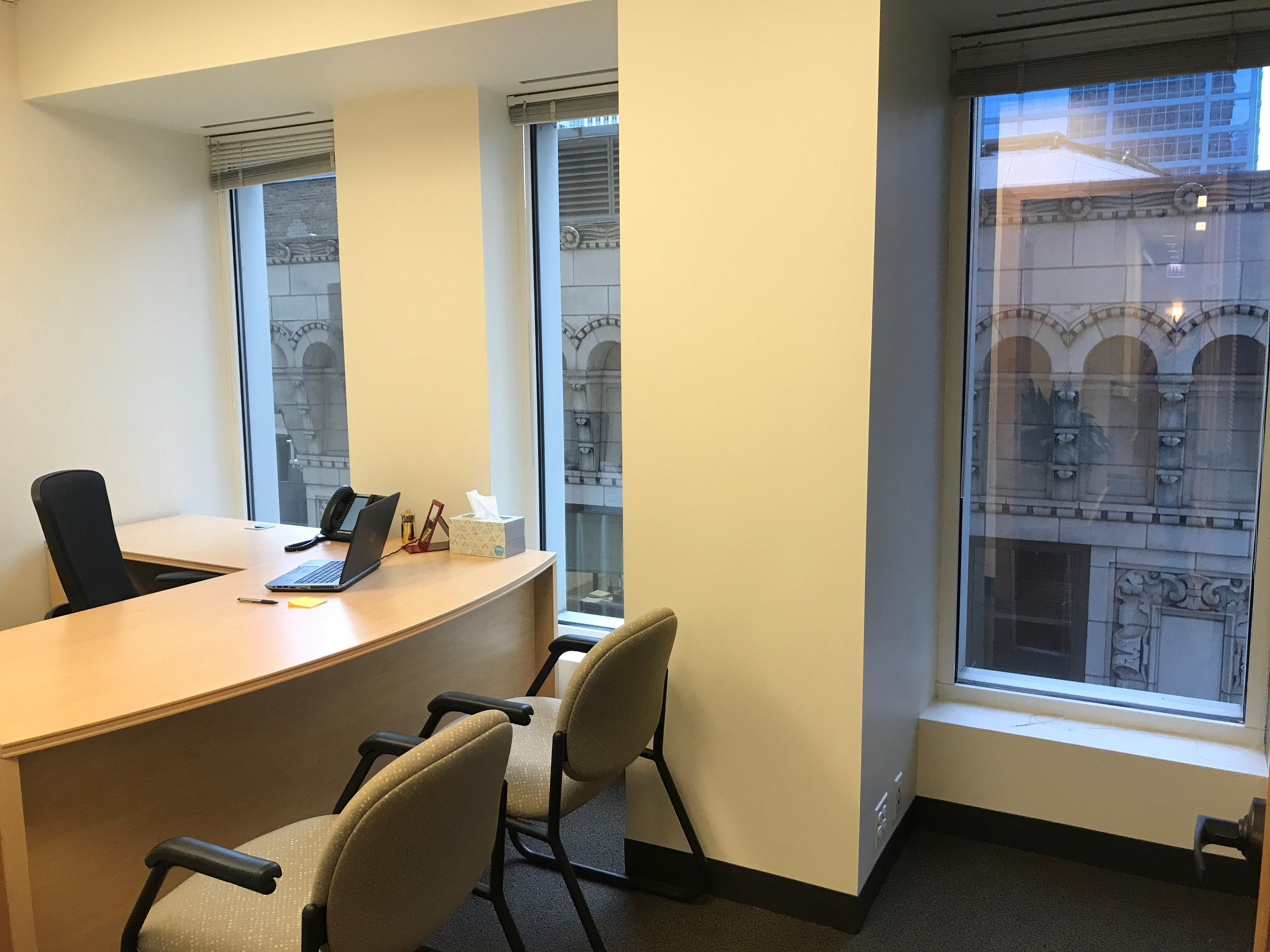 Intelligent Office - Chicago Loop - Private Office 10