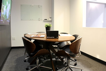 Collective Ventures - Semi-Formal Room