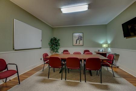 CoWork Factory - CoWork Factory:Large Meeting Room