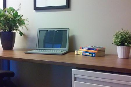 Office Evolution - Denver/Downtown Market Street - Dedicated desk