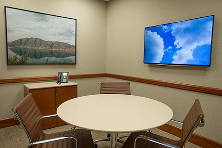Symphony Workplaces -Westport CT - Focus Meeting Room