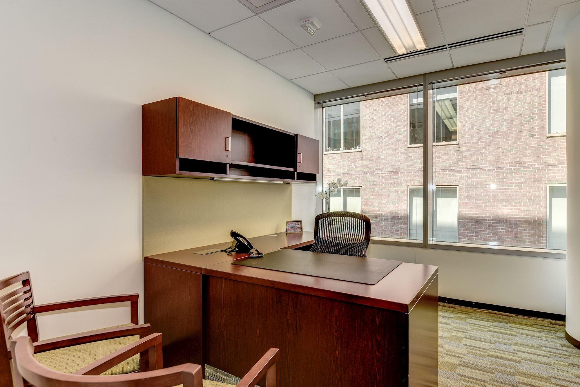 Carr Workplaces-  K Street - Thomas Day Office