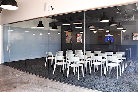 Oficio - Fenway Flexible Meeting Space