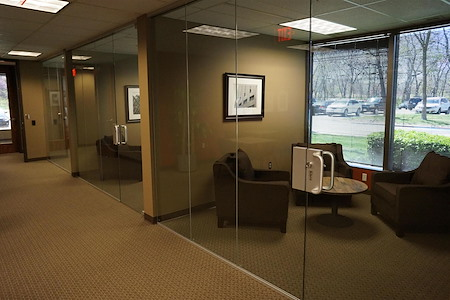 SmartSpace - Overland Park - Soft Seating - Meeting Room