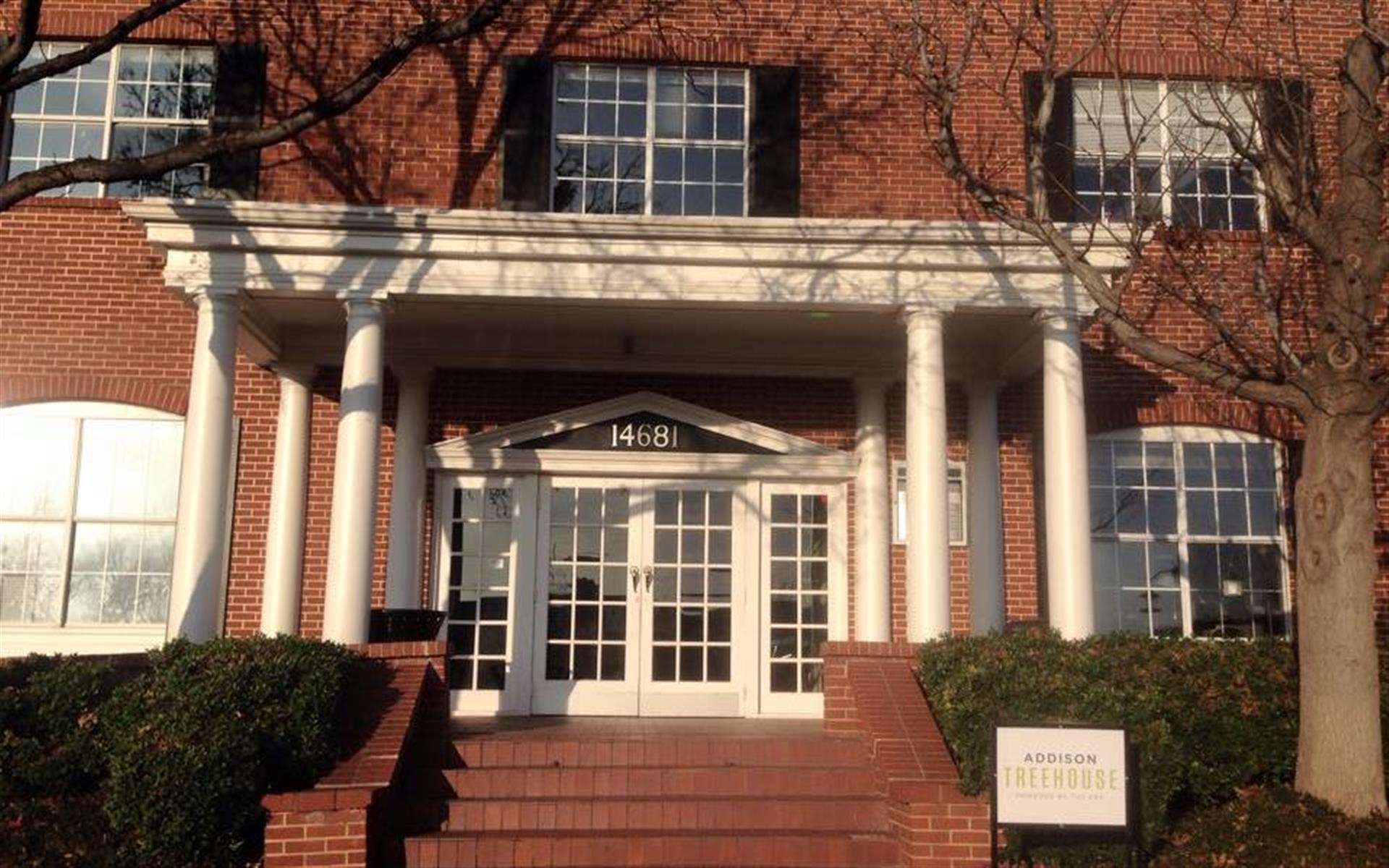 The Addison TreeHouse
