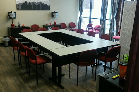 Shine Professional Suites - Conference Room