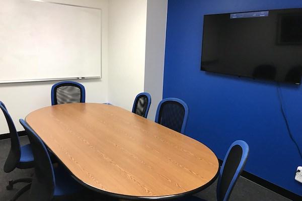Sandbox Suites Palo Alto - Medium Conference Room