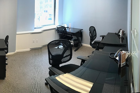 Jay Suites Madison Avenue - 4 Person Window Office
