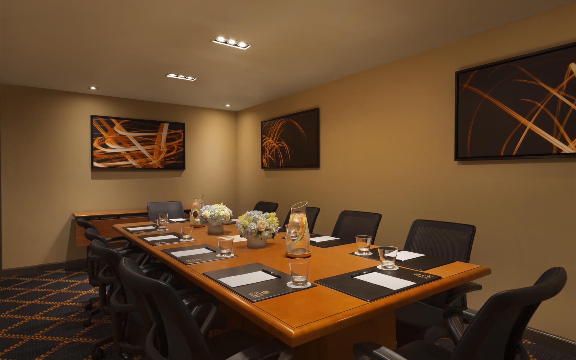 Hotel Le Soleil - Epicurean Board Room