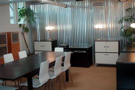 Endless Noise - Multipurpose Workspace