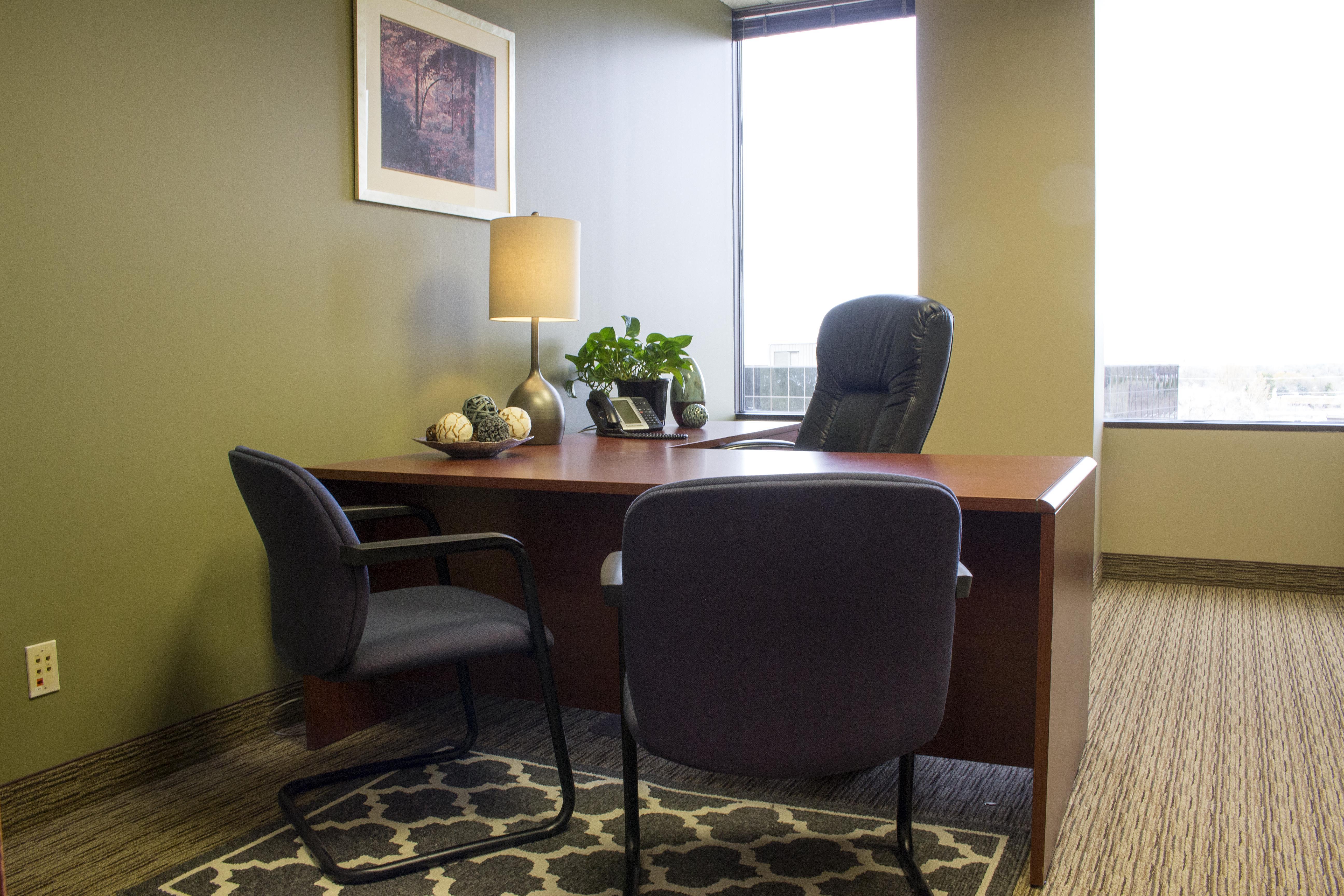Avanti Workspace - Woodland Towers - Virtual Office 572