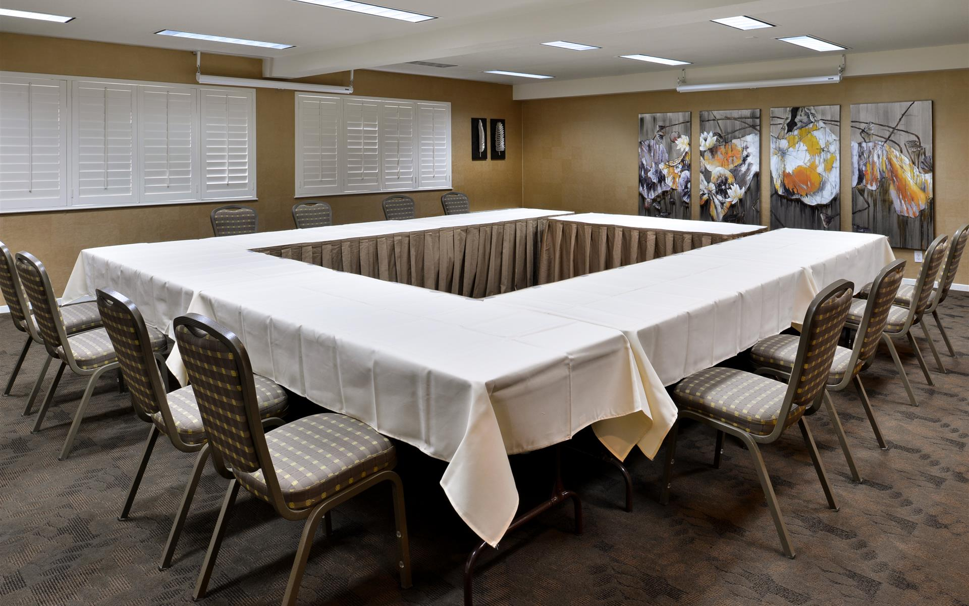 Best Western PLUS Novato Oaks Inn - The Redwood Room