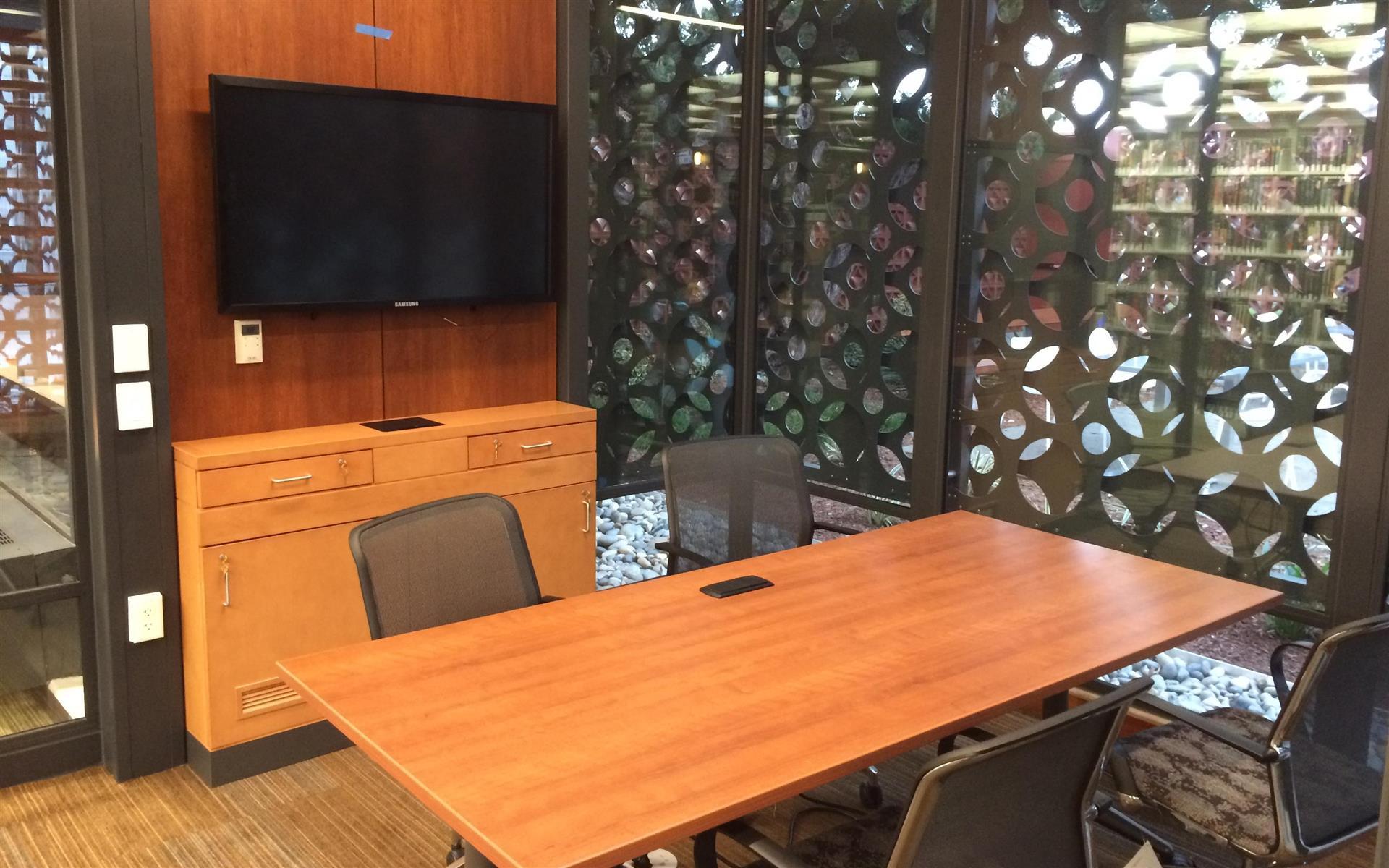 Palo Alto City Library - Rinconada Branch - Duveneck Room