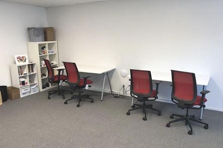 Crimson Leaf Capital - Open Desk 1