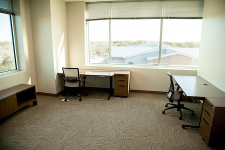 The Work Well - 3-person Interior Office