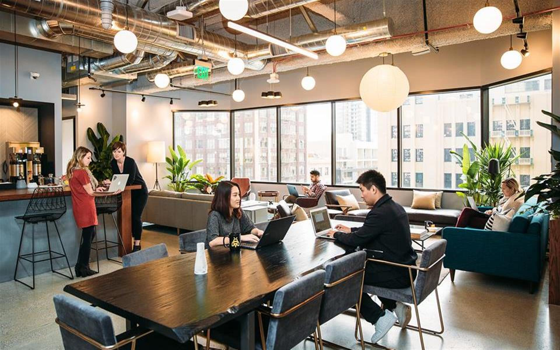 Industrious Columbus - Dedicated Desk