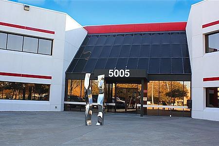 Boxer - 5005 Royal Lane - Suite 100