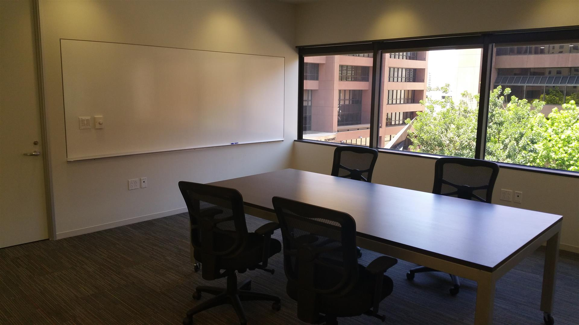 Premier Business Centers @TheVineSD - Collaboration Room