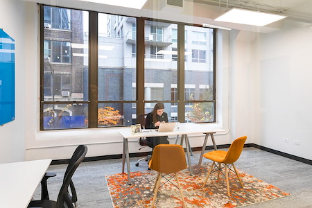 Novel Coworking - River North - 5 Person - Amenity Floor Office