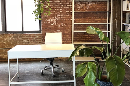 Slash Projects - Perfect loft desk for daily work!