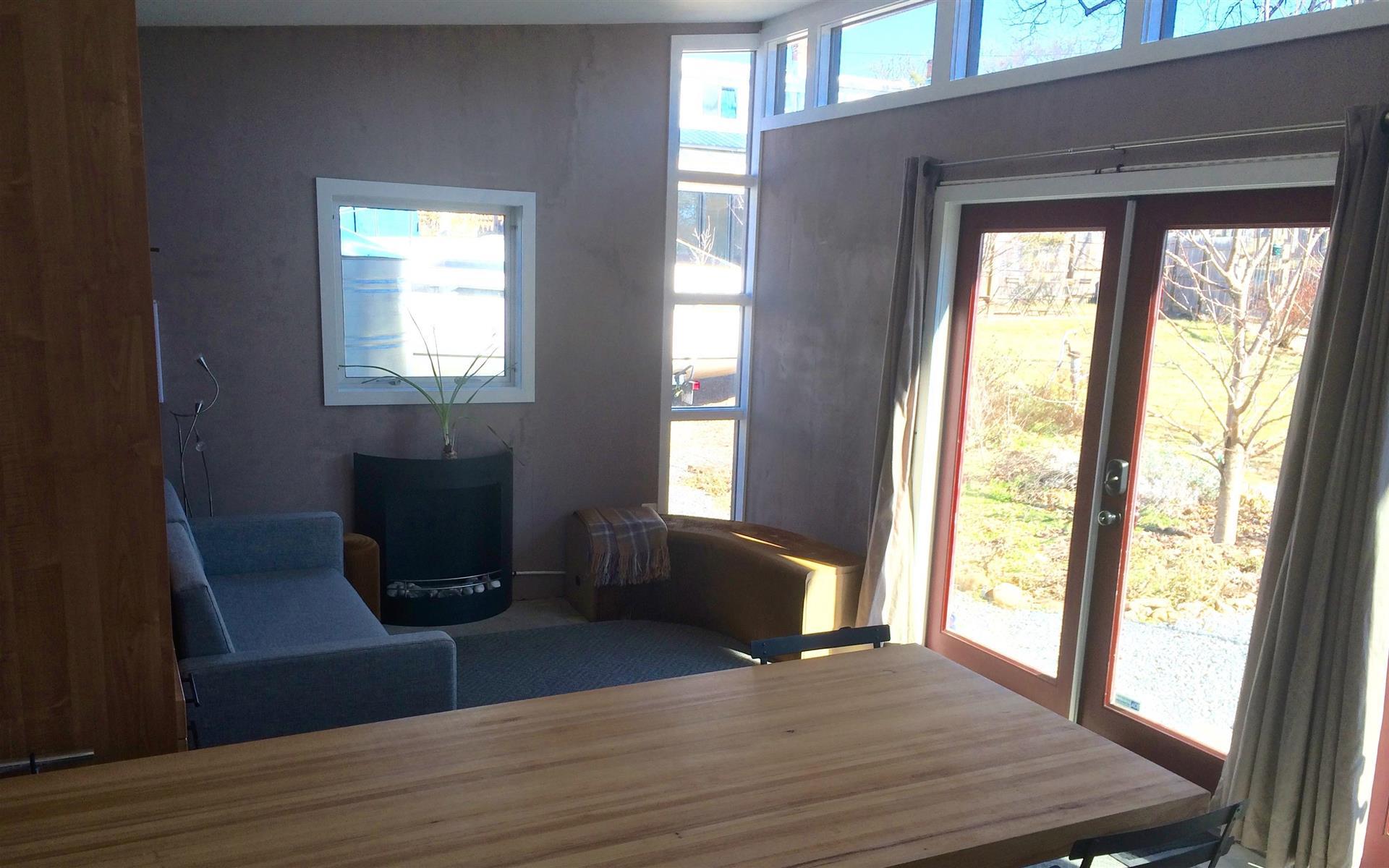 Micro Showcase - Modern Garden Office