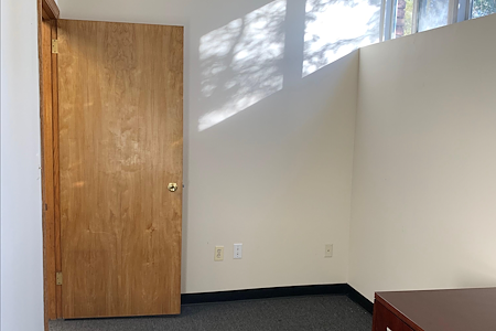 OneOverSix Consulting - Private office