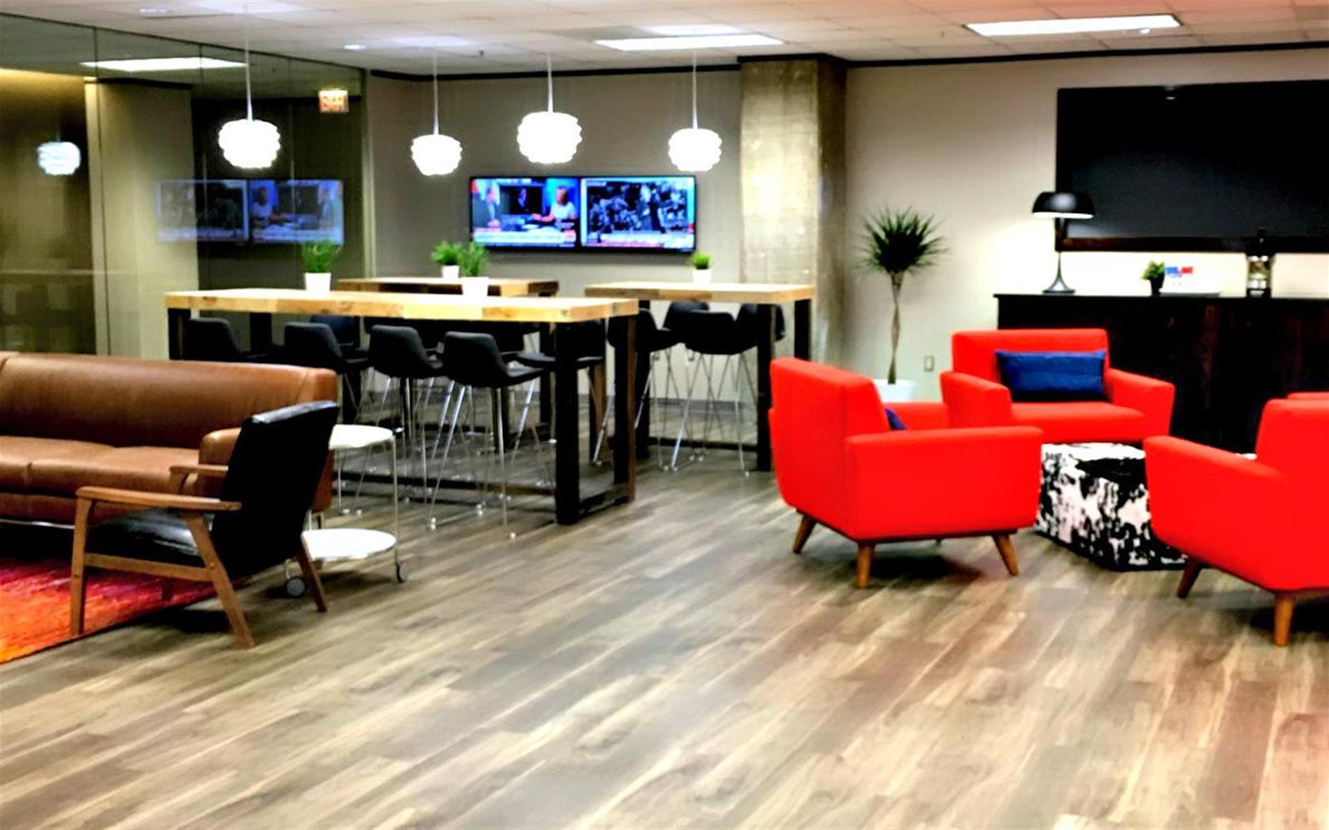 CUBExec - Executive Suites @ The Interchange Building - Lobby Work Bar