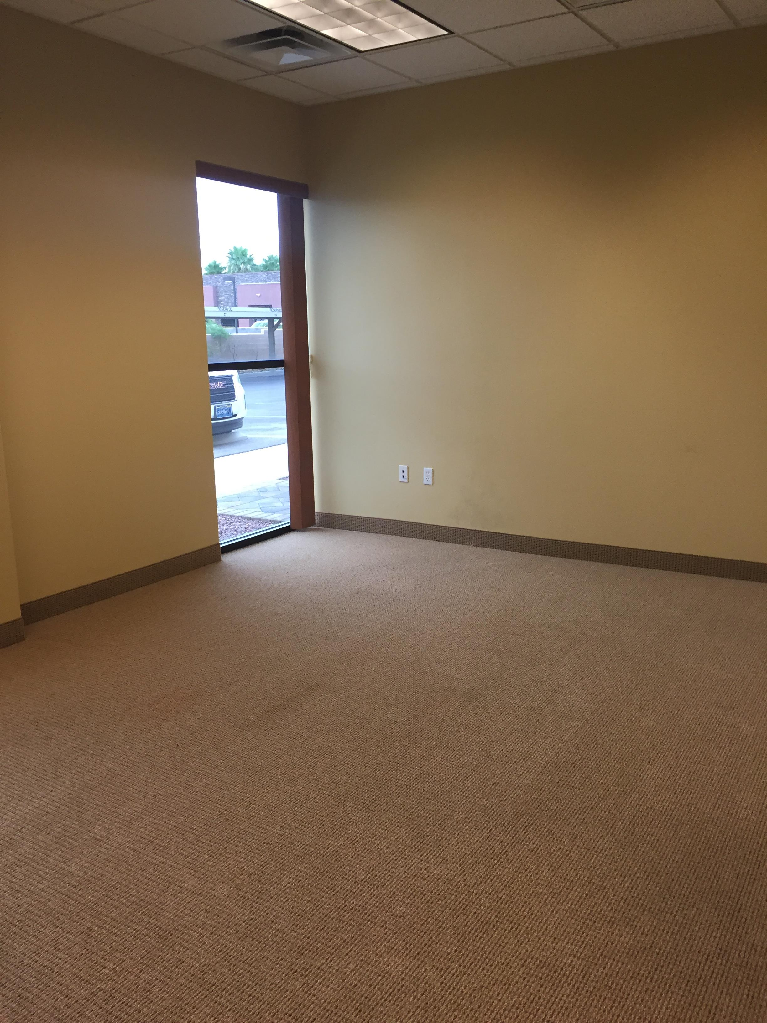 (LVR) South Rainbow Buisness Park - Large Window Office