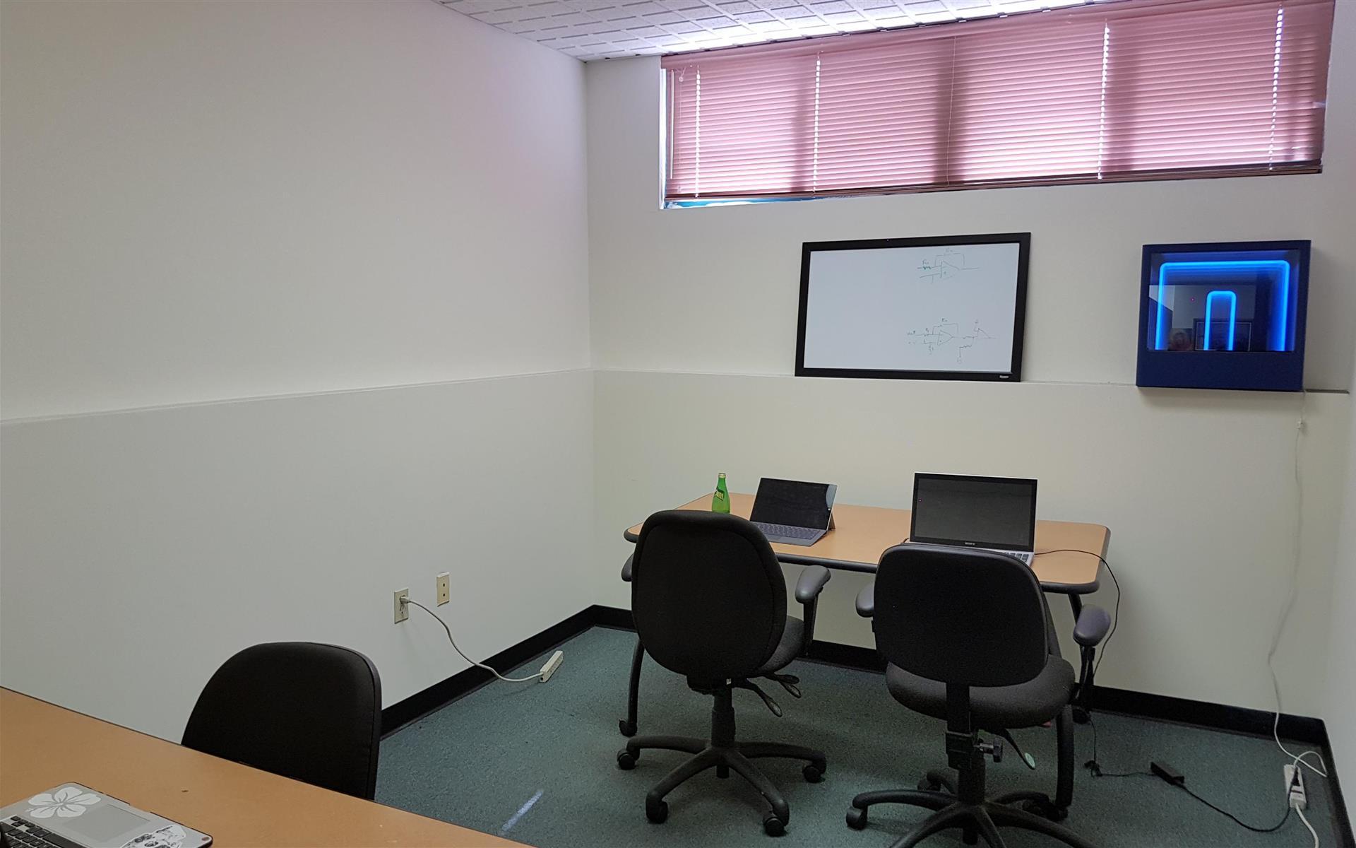 Illusion Lab - Team Office