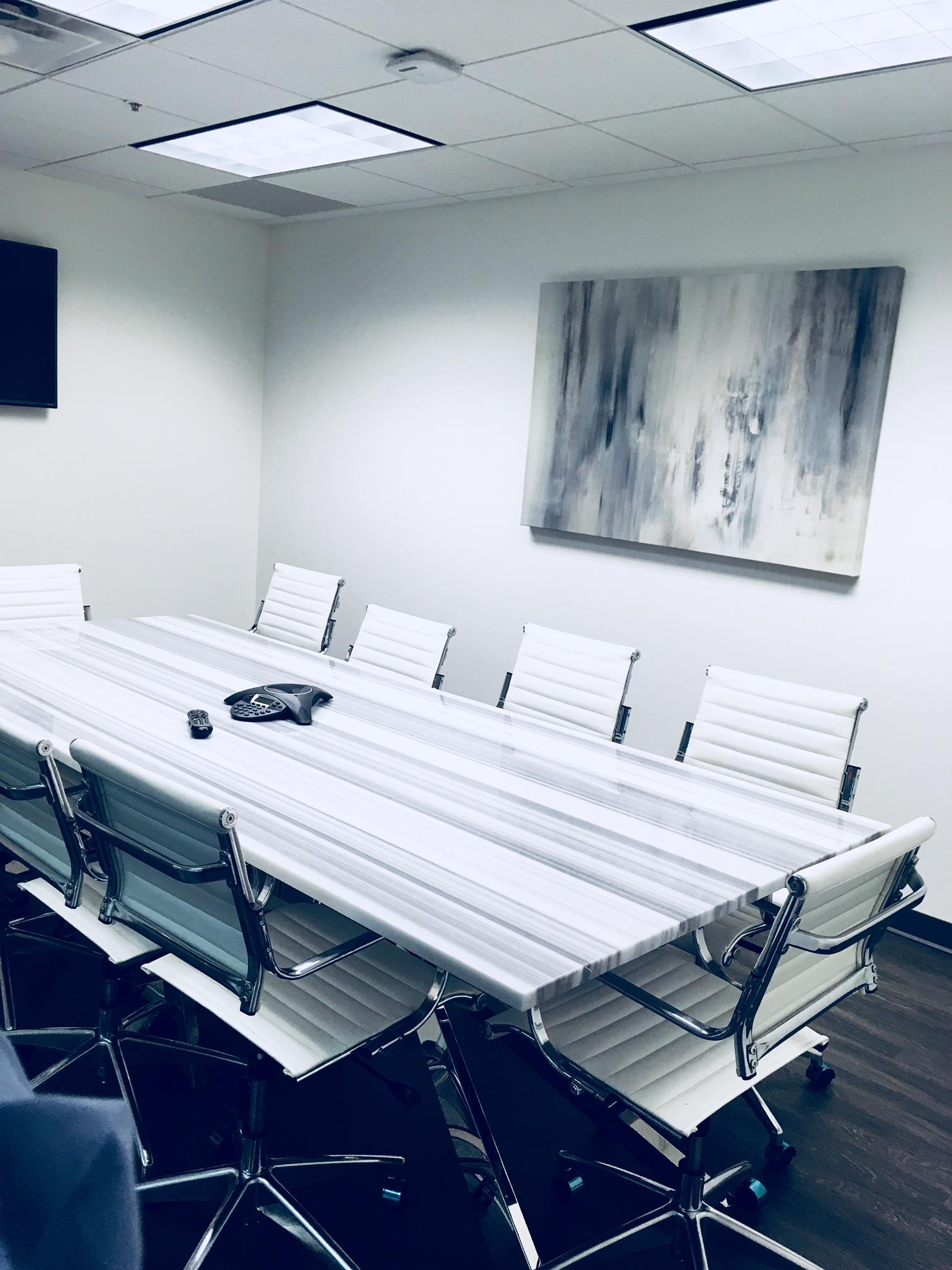 Barrow Wise Consulting. LLC - Modern conference room