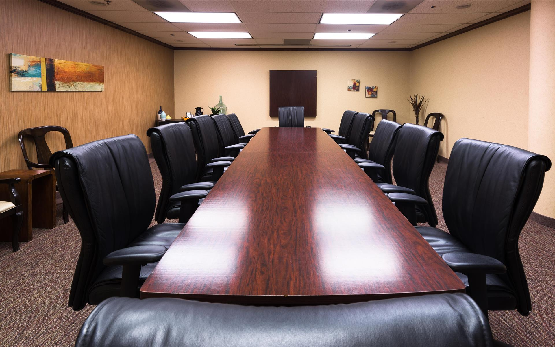 Executive Workspace @ Parkway Commons - Dealy Room