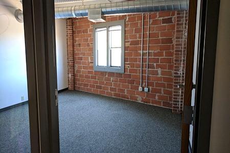 Eugene Mindworks - Private Office