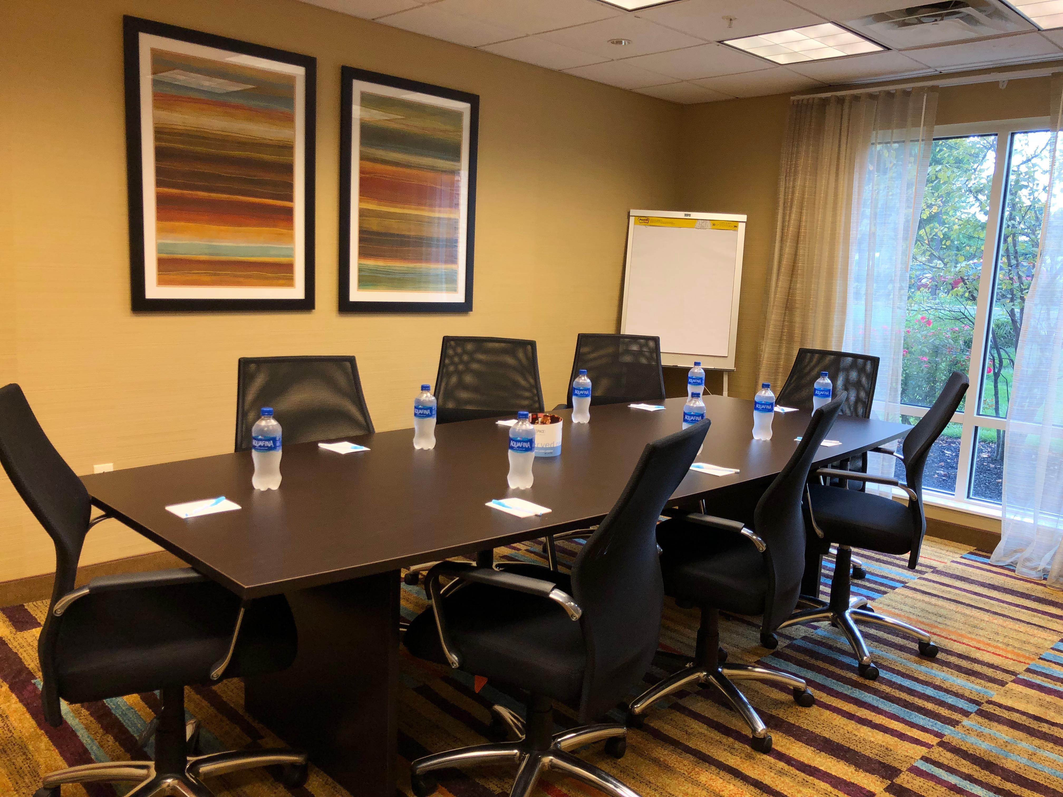 Fairfield Inn & Suites Kennett Square Brandywine Valley - Winterthur Boardroom