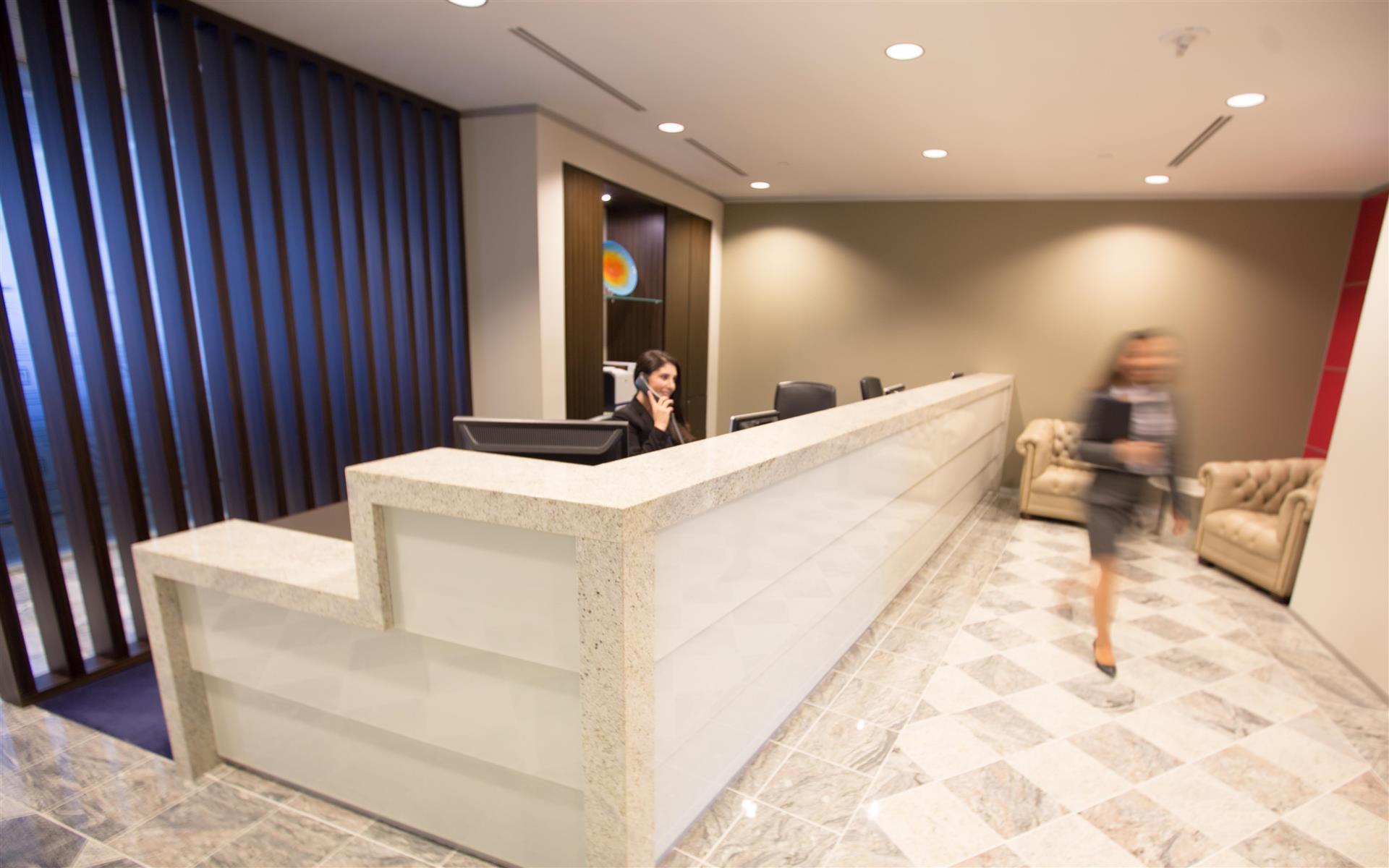 Servcorp - Orange County - Executive Boardroom 12 people