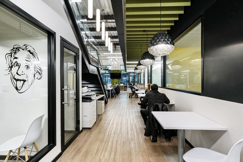 SmartSpace - Hot Desk 3