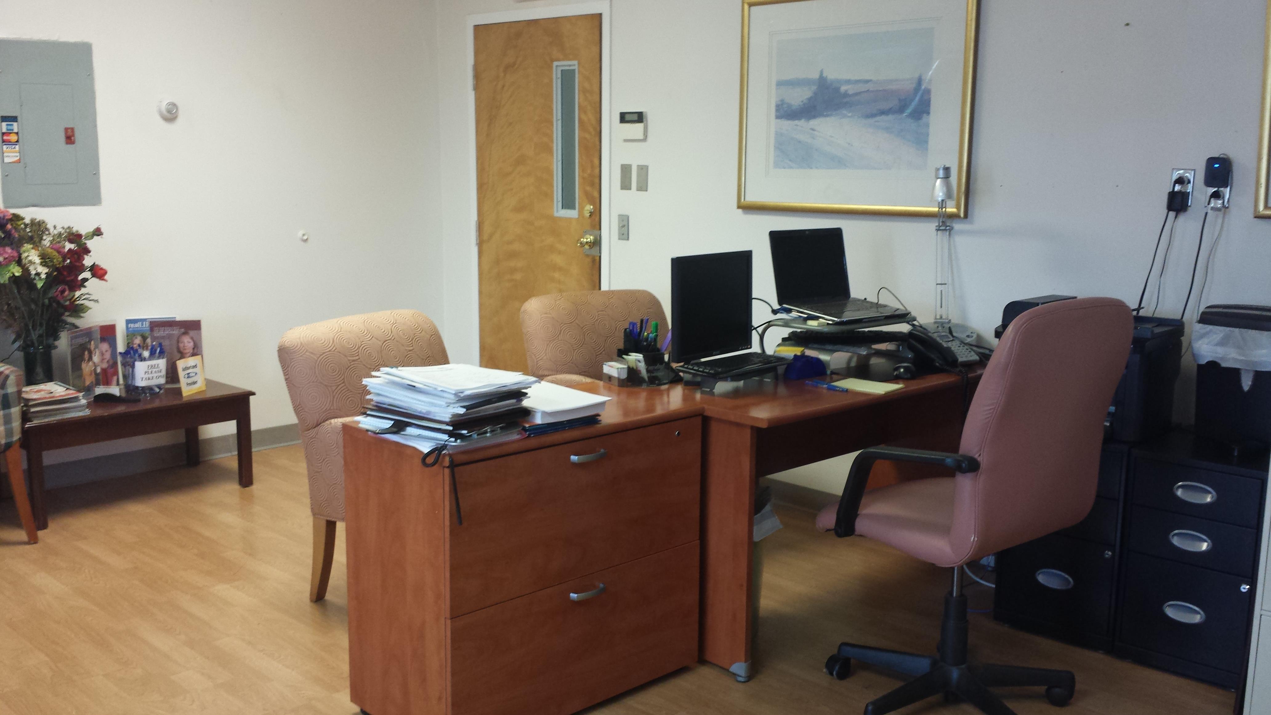 EMELIA MENSA CPA - Open Desk 1