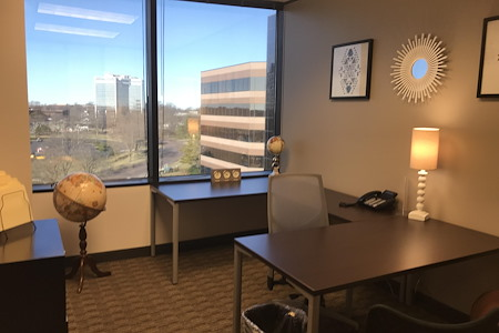 Regus at Commerce Plaza - Office 707
