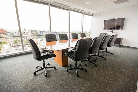 The Port Workspaces @ City Center - The Boardroom