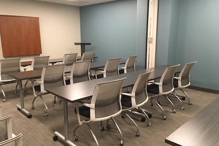 Office Evolution - Hoffman Estates - Meeting Room 4- Training Room AB