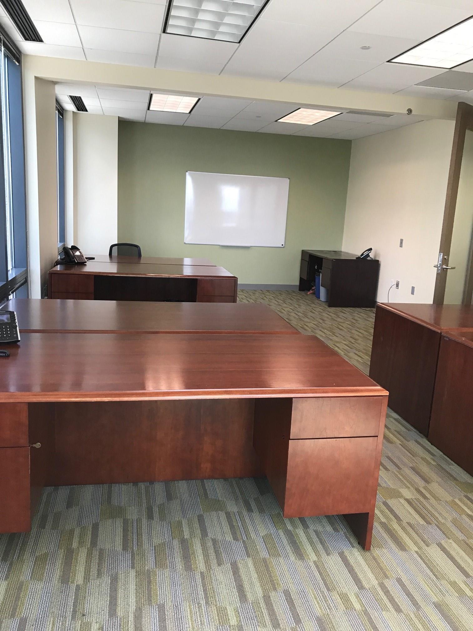 Carr Workplaces - Las Olas Center - Office 1412