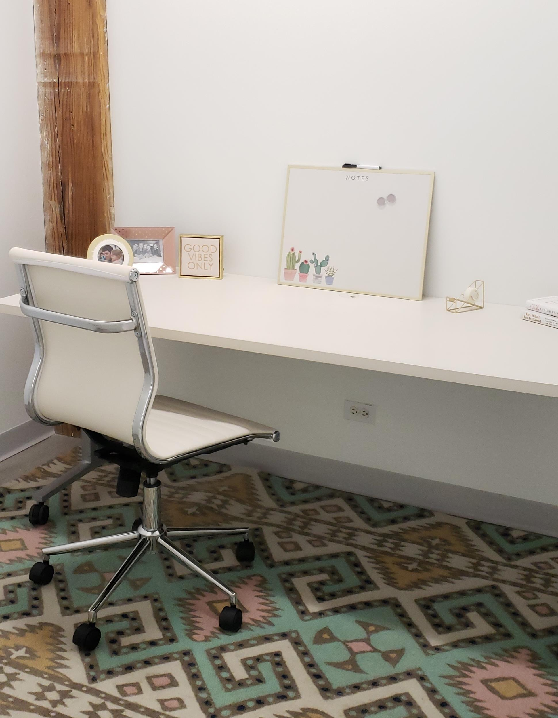 EvolveHer - Single Office for 1