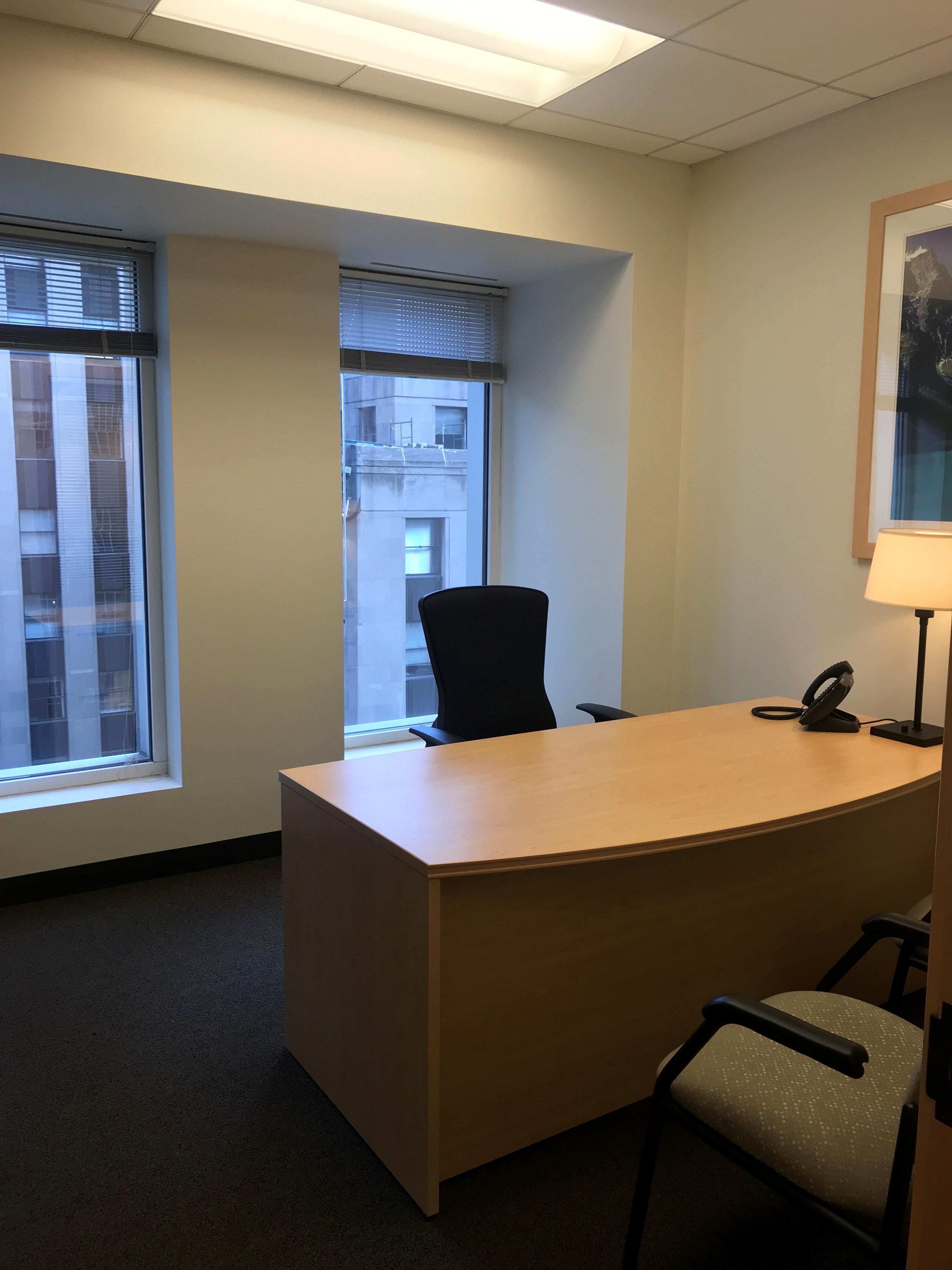 Intelligent Office - Chicago Loop - Private Office 2