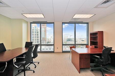 Carr Workplaces - Las Olas - Office 1435
