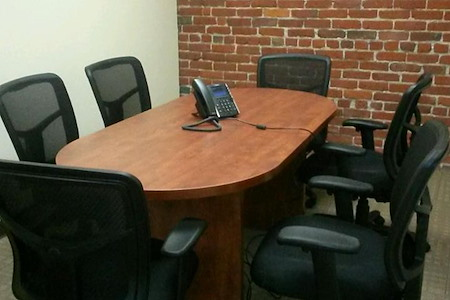 ReadiSuite - Veronica Building - Small Conference 315
